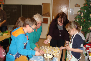 Bilder14_15 - Backen_1_kleinjpg.jpg
